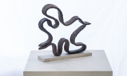 """""""Alles Spiel"""",Steinzeug, Kapselbrand, Porzellan, H. 21 cm"""