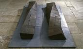 Liegende Stelen 30x30x225 cm